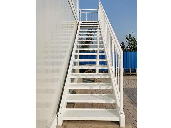 箱式房楼梯